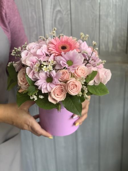 Букет из хризантемы софтон, герберы, кустовой Розы