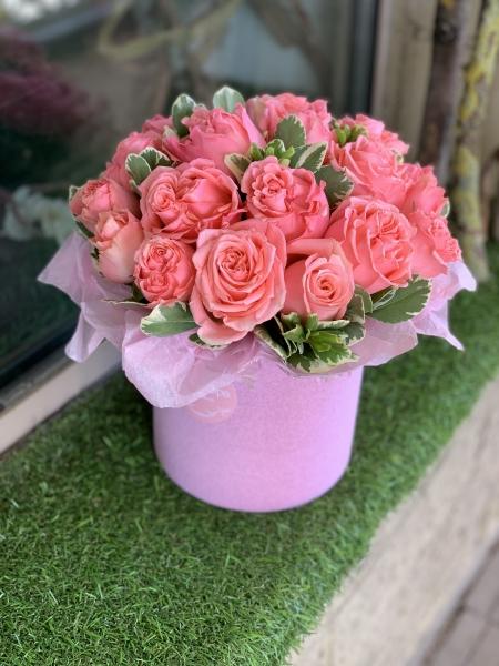 Композиция из розовой Розы