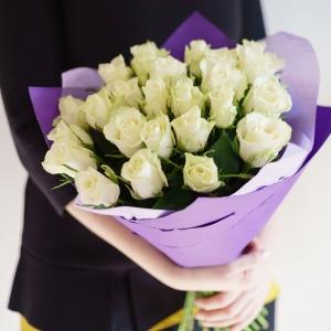 21 белая роза Эквадор