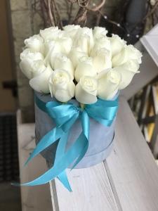 25 роз в бархатной коробке