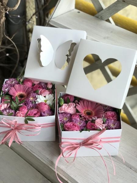 Коробочка- комплимент с розой Жизель и Герберой