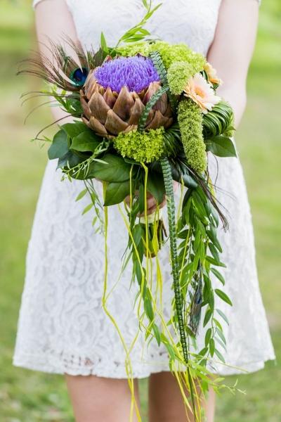 Креативный свадебный букет с артишоком