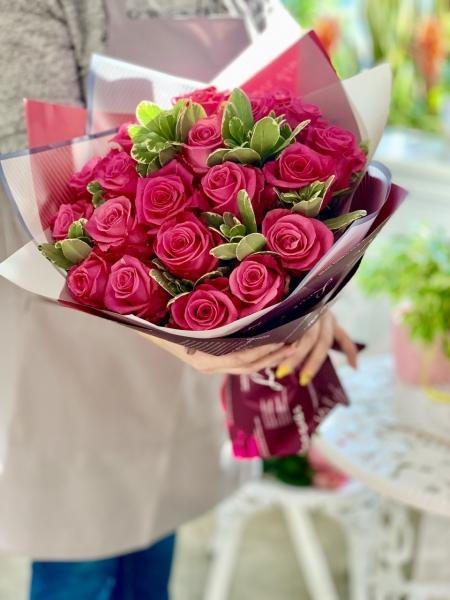 Розы Черри с питоспорумом