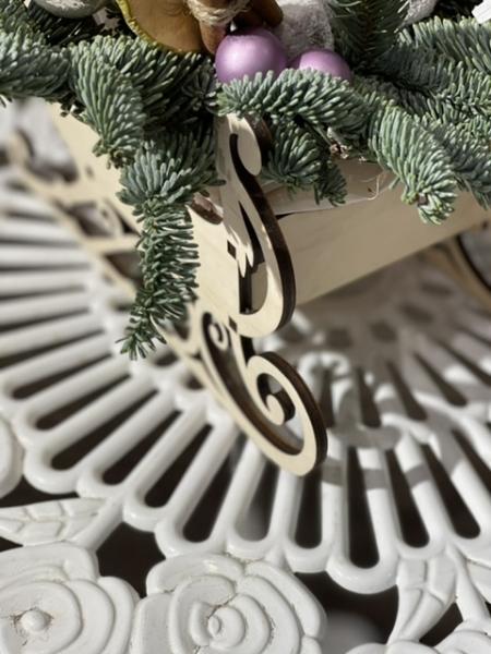 Новогодняя композиция «мишка в санях»