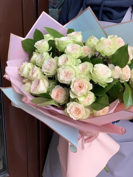 Букет из пионовидных роз «Кристи»